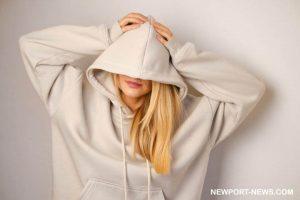 10 Saran Hoodie Terbaik buat Kalian Peminat Style Kasual
